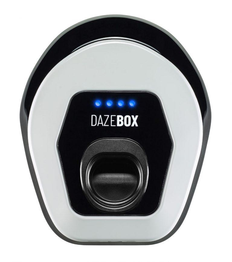 vista frontale dazebox, sistema per la ricarica auto elettriche a casa